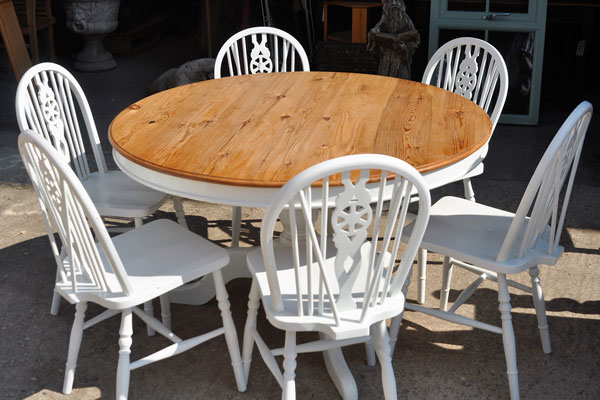 reclaimed kitchen table and chairs